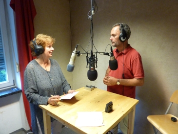 Radio Attac: Almut Hielscher, Henning Hintze.